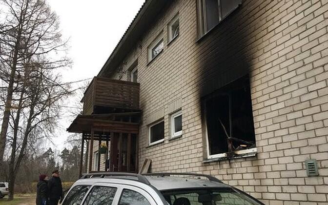 Последствия пожара пожара в Вильяндимаа.