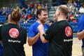 Jüri Ratas ja Indrek Saar mängisid eriolümpia sportlastega korvpalli.