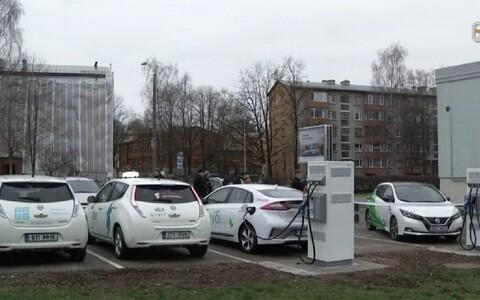 Pарядные станции для электромобилей