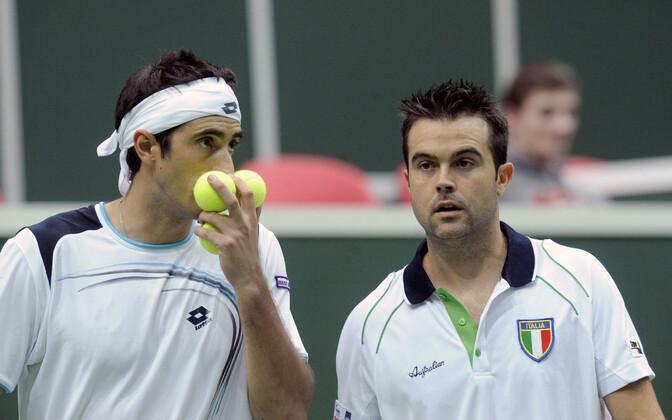 Potito Starace (vasakul) ja Daniele Bracciali.
