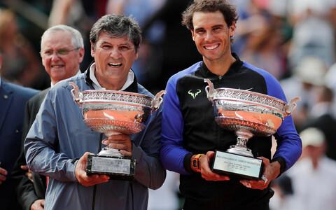 Toni ja Rafa Nadal 2017. aasta Prantsusmaa lahtiste trofeega