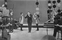 Laulja Kalmer Tennosaar [keskel], muusikud Elmo Lööve ja Tiit Varts.   1967