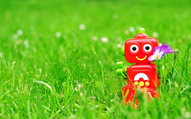 Pilt on illustreeriv. Twitteris tegutsevate robotite näol on tegu lühikeste koodijuppidega.