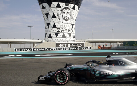 Lewis Hamilton oli Abu Dhabi GP-l kolmanda vabatreeningu kiireim