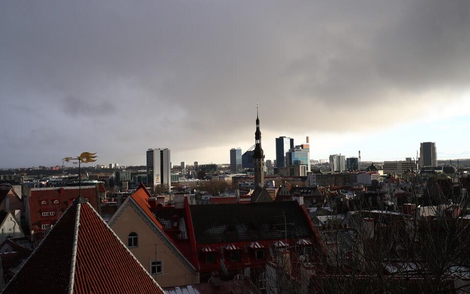 Ootamatu lörtsipilv Tallinna kohal