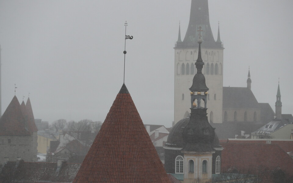 Sajune ilm Tallinna vanalinnas.