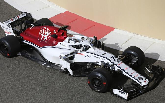 Kimi Räikkönen Abu Dhabis Sauberi roolis.