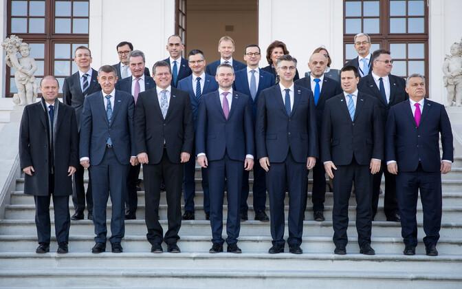 Peaministrite ühispilt Bratislavas pärast ühtekuuluvuspoliitika sõprade kohtumist.