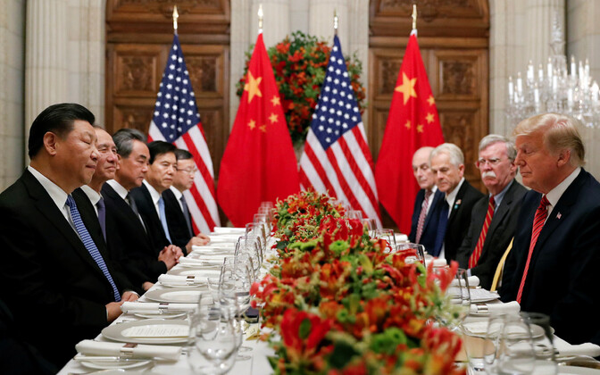 Hiina riigipea Xi Jinping ja USA president Donald Trump õhtusöögil.