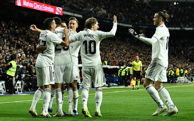 Võidukas Madridi Reali meeskond