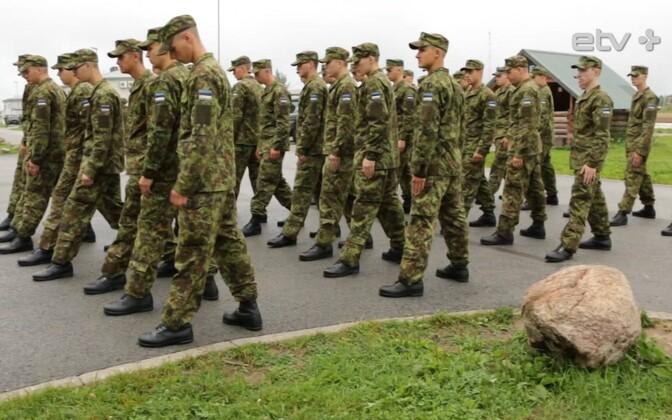 Солдаты-срочники.