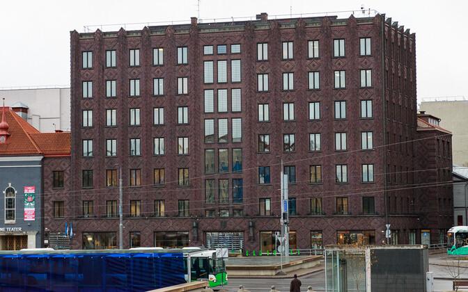 Вид на здание мэрии Таллинна.