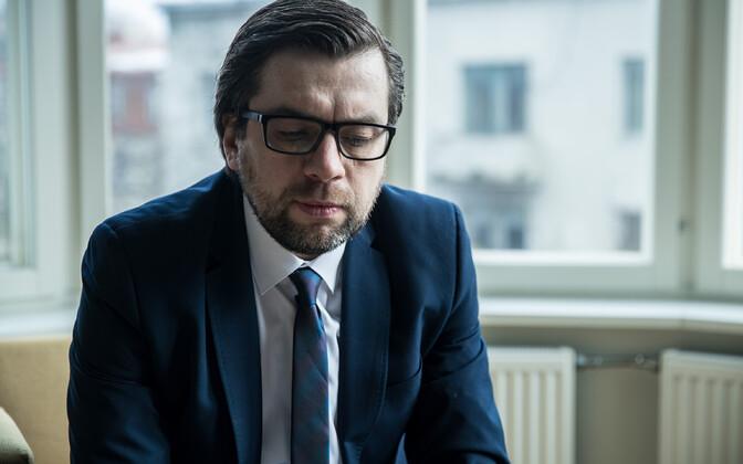 Керт Валдару передумал участвовать в выборах.