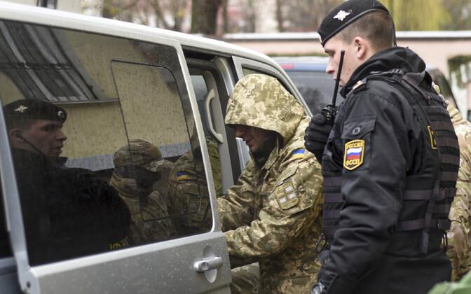 Vangi võetud Ukraina sõdur 28. novembril Simferopolis.