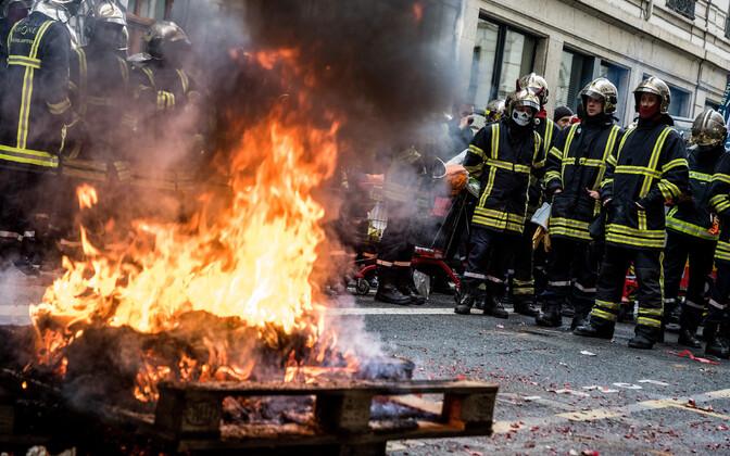 Protesteerivad tuletõrjujad Lyonis
