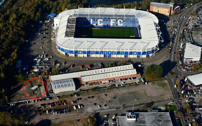 Leicester City kodustaadion ja punase sõõri sees kopteri kukkumiskoht