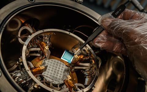 Uudsest materjalist valmistatud elektroonika töötab ka paarisaja kraadi juures.