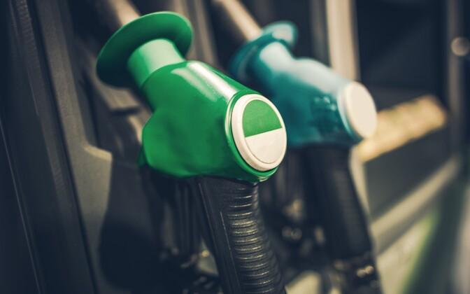 Kütusetarnijad peavad fossiilse kütuse hulka lisama biokütust ligikaudu viis mahuprotsenti.