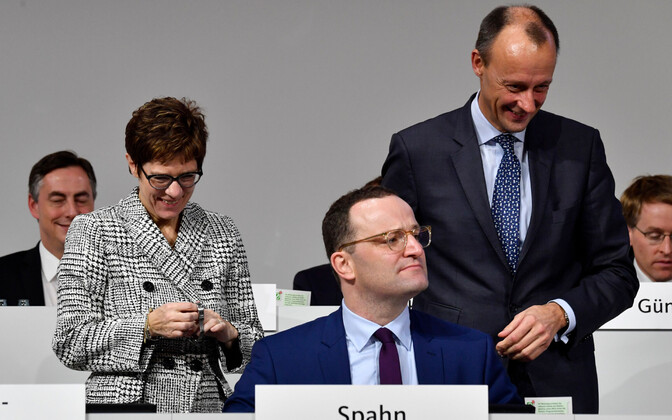 Vasakult: Annegret Kramp-Karrenbauer, Jens Spahn ja Friedrich Merz.