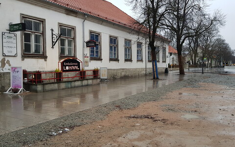 The bar in Kuressaare where a 51-year-old man was stabbed to death on Saturday.