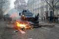 Протесты в Париже 8 декабря