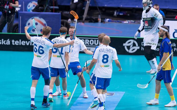 Saalihoki MM-finaal Soome-Rootsi