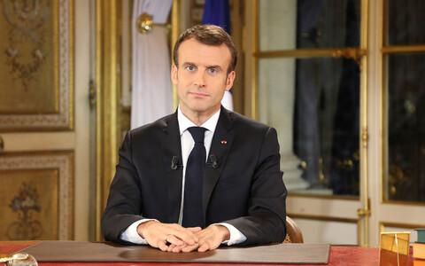 Телеобращение президента Франции к народу.