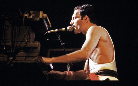 Queeni solist Freddie Mercury septembris 1984.