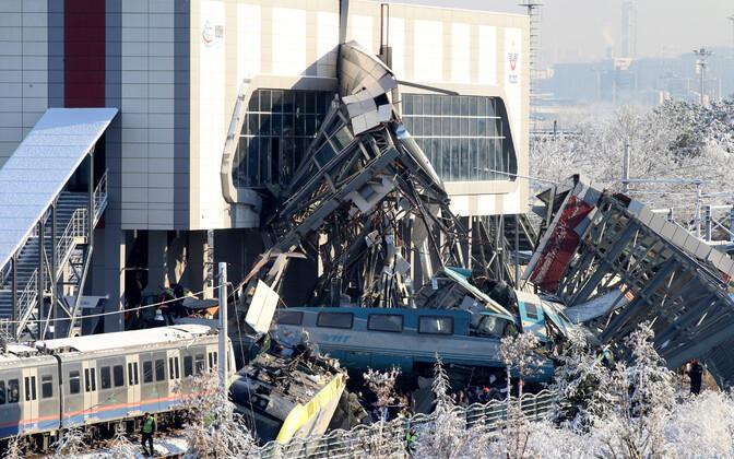 Крушение поезда под Анкарой.