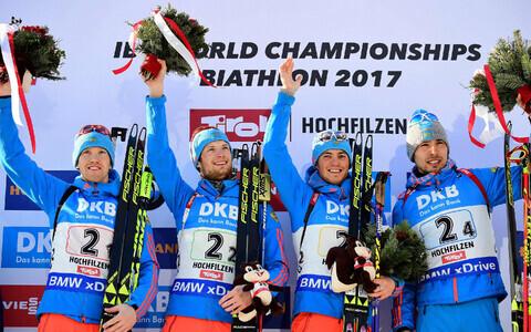 Venemaa nelik võitis Hochfilzeni MM-il meeste teatesõidus kulla, väidetavalt kahtlustatakse nüüd Aleksei Volkovit (vasakul) ja Anton Šipulinit (paremal) dopingureeglite rikkumises.