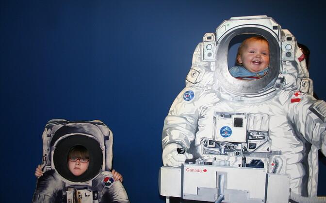 Selleks, et teadus oleks lastele huvitav, peab selle tegema selgelt mõistetavaks - alustuseks tuleb seda osata selgitada täiskasvanutele.