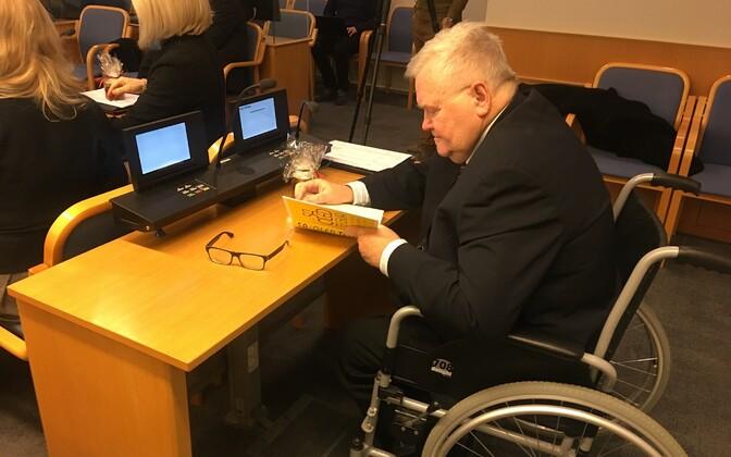 Edgar Savisaar Tallinna volikogu selle aasta viimasel istungil