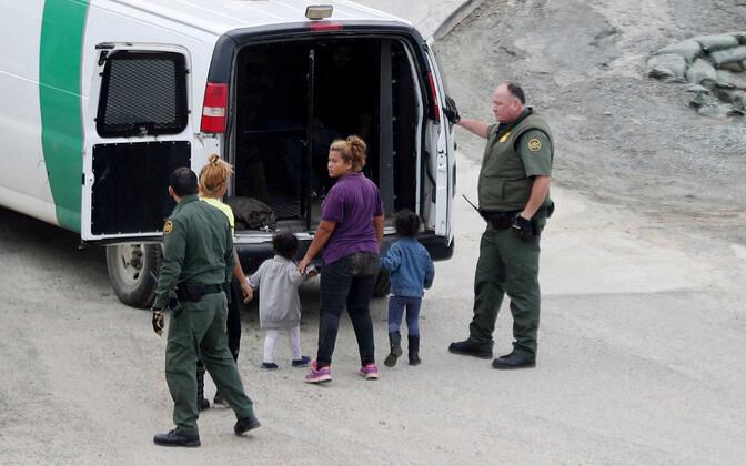 USA piiripolitsei San Diego lähistel.
