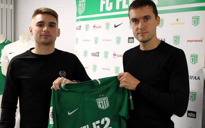 Павел Дымов (слева) и спортивный директор