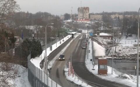 Мост между Нарвой и Ивангородом.