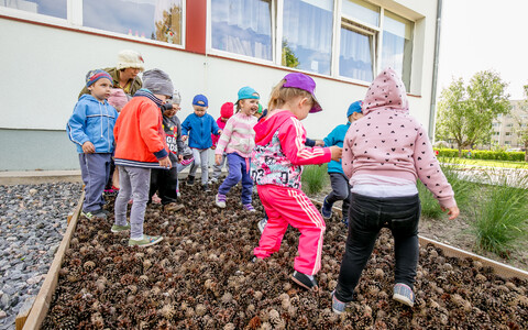 Under the new bill, free kindergarten would be guaranteed to all children in Estonia.