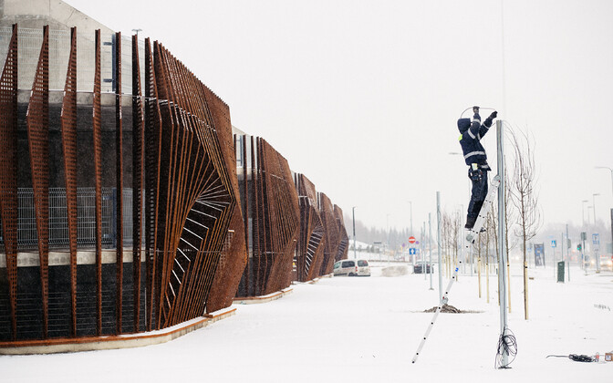 Парковка возле аэропорта в Таллинне.