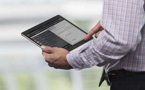 Депутатам хотят облегчить работу при помощи планшетов.