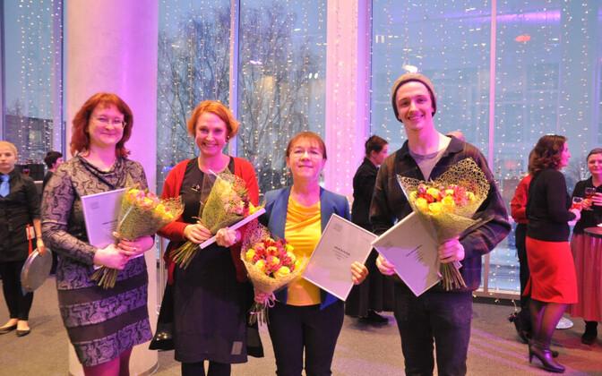 Vanemuise teatri loomenõukogu aastaauhindade võitjad.