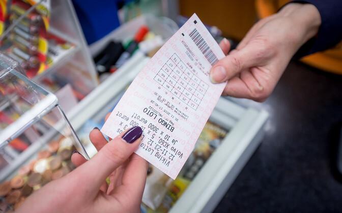 Лотерейный билет Bingo.