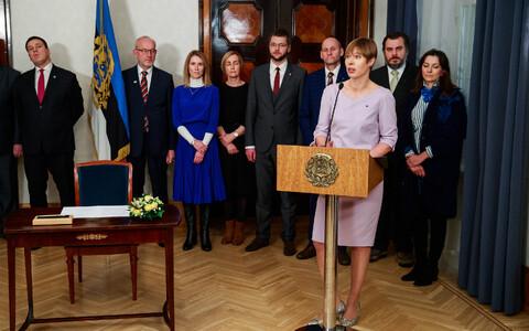 Party leaders (L-R): Jüri Ratas (Centre), Kaul Nurm (Free), Kaja Kallas (Reform), Kristina Kallas (Estonia 200), Jevgeni Ossinovksi (SDE), Helir-Valdor Seeder (Isamaa), President Kersti Kaljulaid, Mihkel Kangur (Richness of Life), Zuzu Ismailova (Greens)