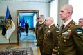 Muudatus Kaitseväes: Martin Herem (kõige lähemal) sai presidendilt kindralmajori auastme õlakud ja tõusis aasta lõpus uueks kaitseväe juhatajaks.