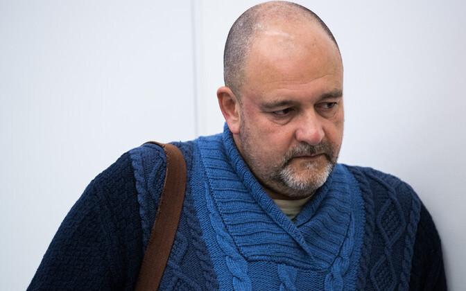 Михаил Стальнухин вернулся в горсобрание Нарвы и участвовал в принятии бюджета города на 2019 год.