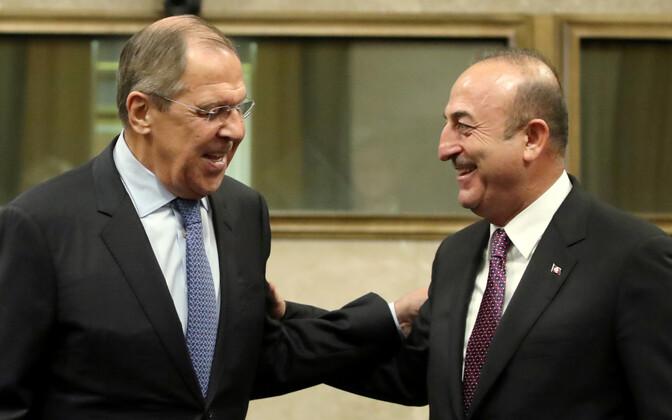 Välisministrid Sergei Lavrov ja Mevlüt Cavusoglu 18. detsembril Genfis.