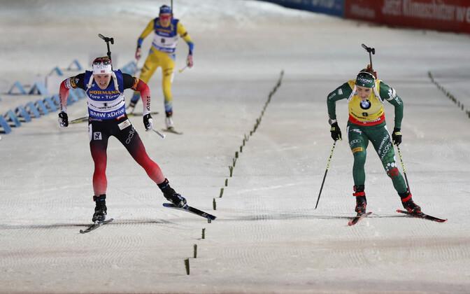 Финиш женской гонки преследования в Нове-Место.