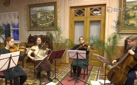 Izmailovski keelpillikvartett Kuremäe kloostris.