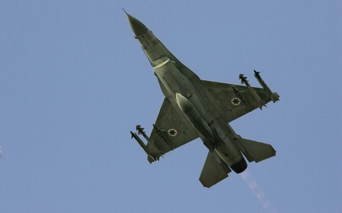 Iisraeli õhuväe hävituslennuk F-16.
