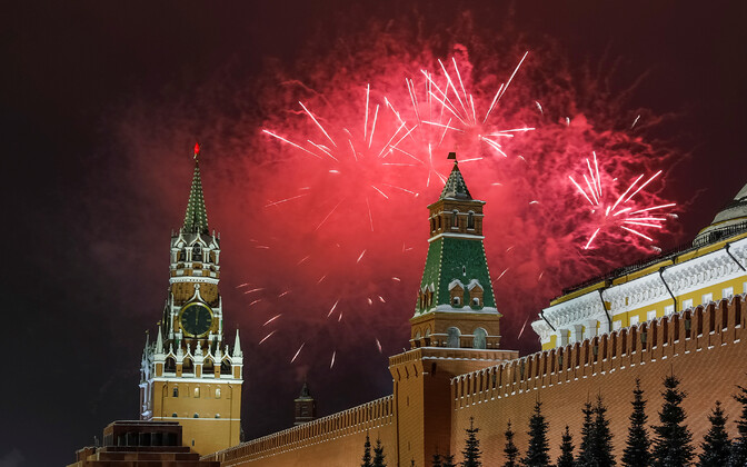 Fireworks over Moscow welcome in 2019. However, the Kremlin also wants similar displays to mark the 75th anniversaries of the fall of 17 European capitals to Soviet Forces near the end of World War II - including Tallinn.