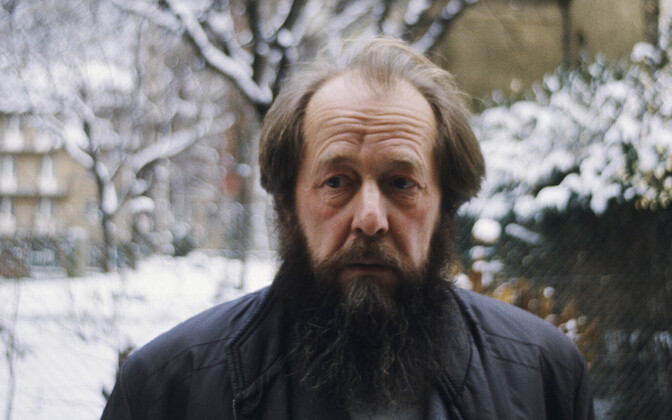 Aleksandr Solženitsõn 1975. aastal.