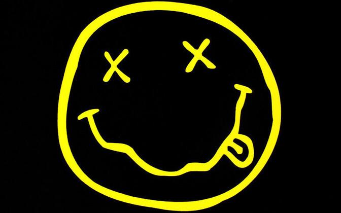 Nirvana ikooniline naerunäo logo.